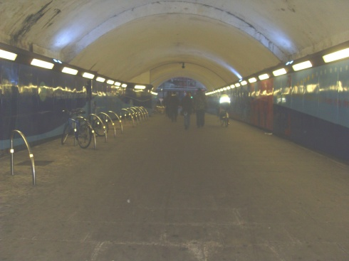 walk to tube station