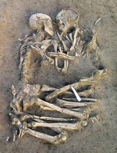 skeletonembrace2_narrowweb__300x3930