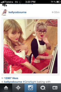 Love this. Wish i was baking with these girls <3