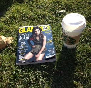 Reading British Glamour in the Sun in Marienhof, Munich.